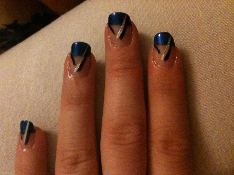 Creation et beaute des ongles - Ongle bleu marine ...